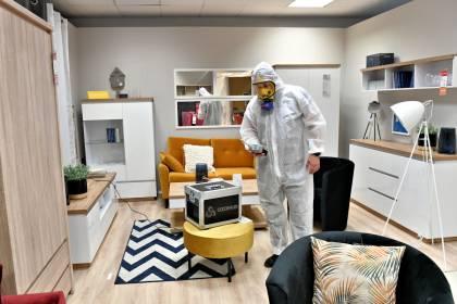 Ozonowanie powierzchni dezynfekuje i usuwa zapachynieprzyjemne zapachy