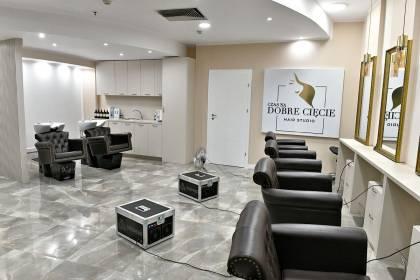 Ozonowanie salonu fryzjerskiego czyli szybka i skuteczna dezynfekcja i usuwanie zapachów